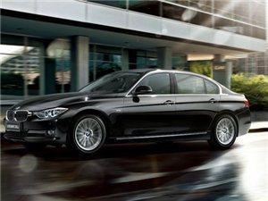 新BMW3系四门轿车