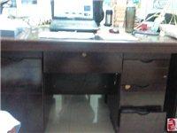 7成新木质办公桌椅(带抽屉)