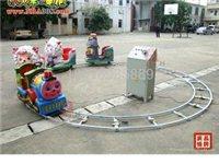 游乐场轨道小火车