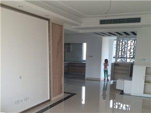 澳门太阳城娱乐中央山水3室2厅1厨2卫2个阳台精装修