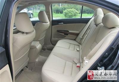 本田雅阁车型2011年92800元转让