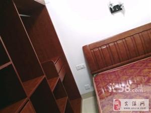 御景华庭两房一厅精装修1300带家具家电