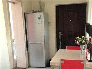 东市场对面新小区锦绣尚城电梯楼单间出租