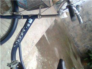 本人有一辆新自行车出售