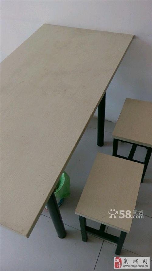 本店改建现出售桌椅
