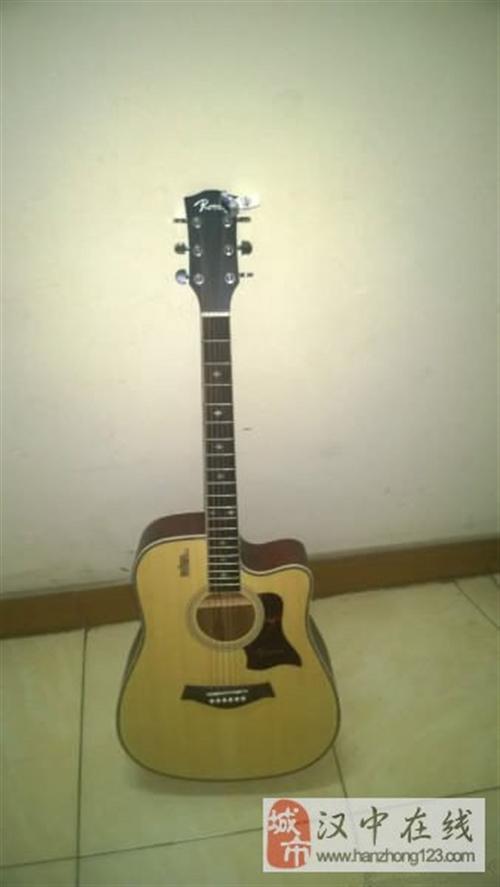 九成新吉他低价卖给吉他初学者