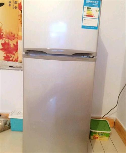 9.9成新奧馬冰箱118L
