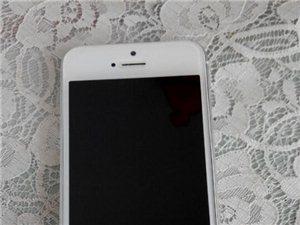 出售苹果5一台白色港版16G1700元