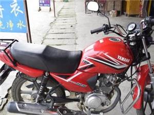 卖自己开的证件齐全可以过户的雅马哈摩托车