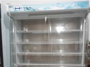 出售全新冰柜一台