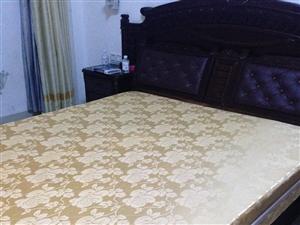 低价出售8-9成新床