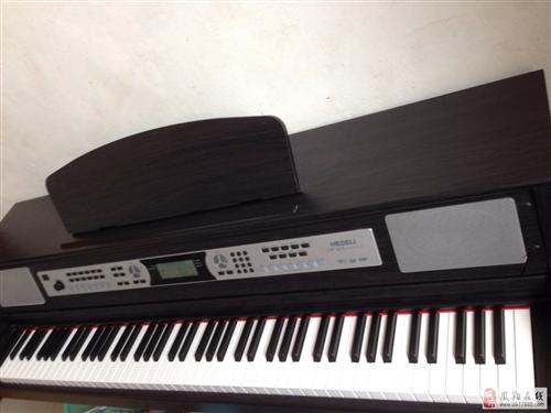 本人出售电钢琴一台