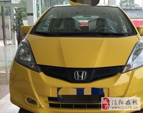 本田飞度 2012款 1.3 自动 舒适版 黄色