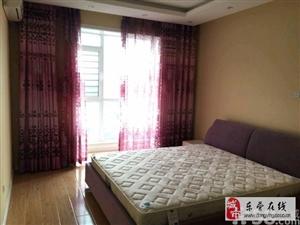 3室 2厅 140平米 简单装修 押一付三(个人)