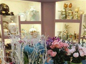 各种饰品礼品、花艺、毛绒玩具、男仕礼品!
