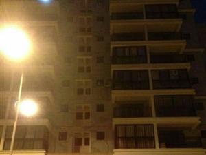 锦绣山庄现有2房2厅1卫精装88平方90万