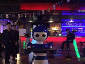 穿山甲餐饮服务机器人第四代萝莉全球畅销招商代理