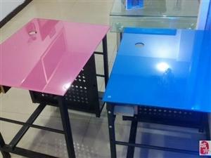出售8成新电脑桌(书桌)
