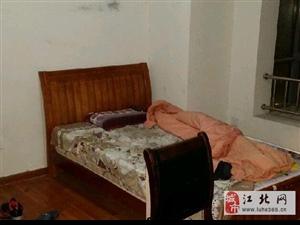 金宁广场 太湖世家 2室1厅1卫 男女不限