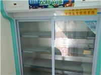 建水低价出售二手展示柜。