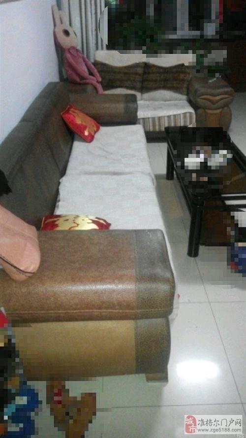 出售家庭自用沙发