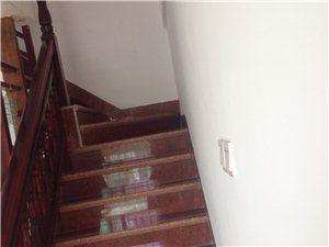 京博雅苑140平米复式楼四房,中装全配,满五年