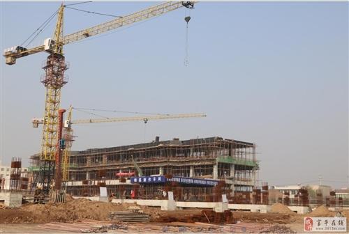 建设中的美华商业广场