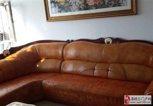 出售精品皮沙发