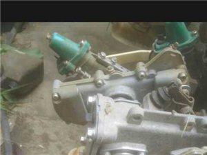卖久保田插秧机12年的汽油的带平横180多小时