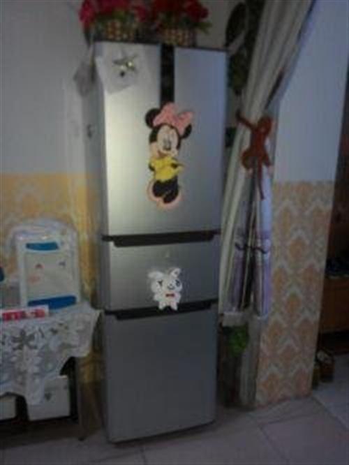 出售9成新三开门冰箱