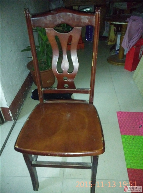 處理飯店一批椅子