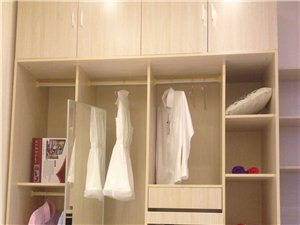 衣柜 橱柜 电脑桌 灯具  窗帘  批发
