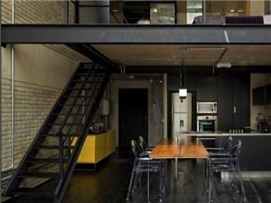 鐵藝大門、欄桿、鋼梯、彩鋼棚、輕重鋼廠房、玻璃幕墻
