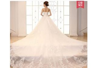 出售穿过一次的婚纱