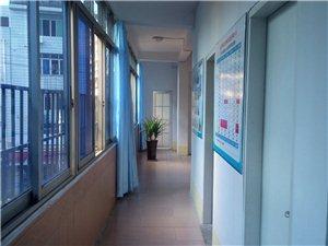 南康明宇會計培訓學校是一家專業的會計培訓教育機構