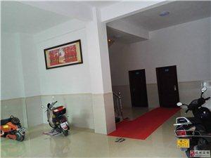 豪华单间一房一厅出租(带阳台、空调)