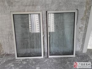 全新未用的玻璃门和推拉式窗户(详见图片)