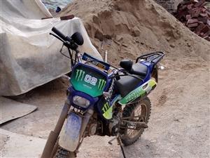摩托车八成新