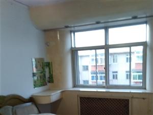 出租牡丹里112号楼三室两厅