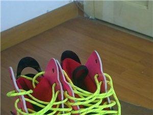 Y-3潮鞋因码小低价转让,款式新颖喜欢时尚的朋抓紧