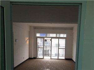 北方邨二房二厅中装修85平急售40万满五唯一,