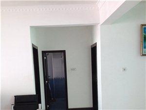 琼海新天嘉博园108平二房中装房南北通透仅售68万