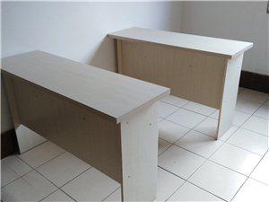 九成新办公桌椅便宜出手啦,求带走~