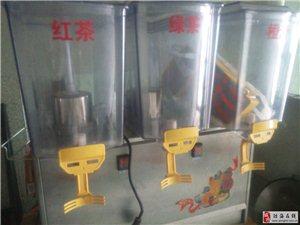 低价转让小吃店商用热水器桌子凳子风扇果汁机封口机等