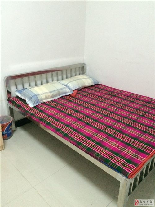 出售个不锈钢床